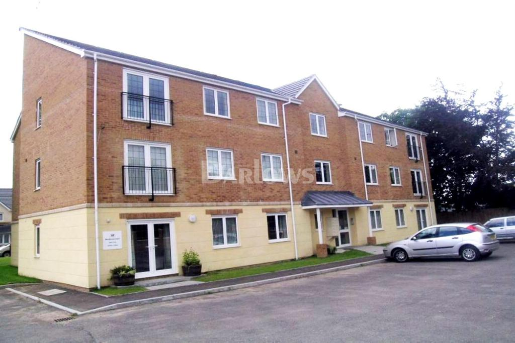 2 Bedrooms Flat for sale in Monkstone Court, Rumney, Cardiff