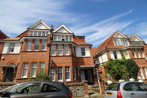2 bedroom flat to rent - South Cliff Avenue, Lower Meads, Eastbourne BN20