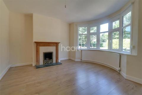 3 bedroom detached house to rent - Osborne Road, Luton