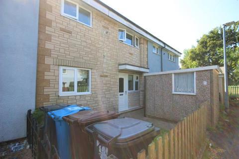 3 bedroom terraced house to rent - Biggin Avenue, Bransholme, HU7