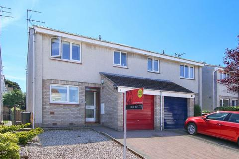 3 bedroom semi-detached house for sale - 41 Buckstone Lea, Edinburgh EH10 6XE
