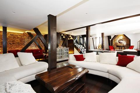 3 bedroom penthouse to rent - Whitehall Court, London SW1A