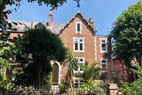 4 bedroom end of terrace house for sale - St Judes Close, Southsea