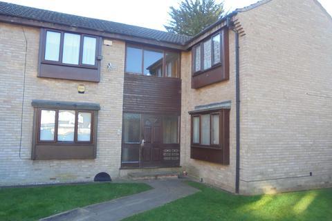 Studio to rent - Waddington Court, Hull HU5
