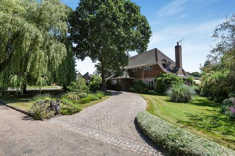 6 bedroom detached house for sale - Sunnydale Farnborough Park BR6