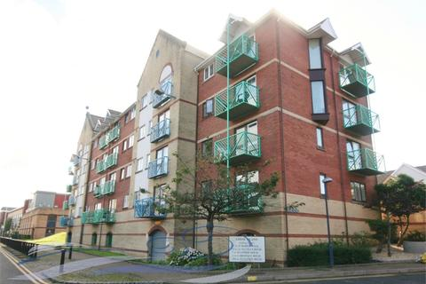 2 bedroom flat to rent - Catrin House, Goose Island, Maritime Quarter, Swansea