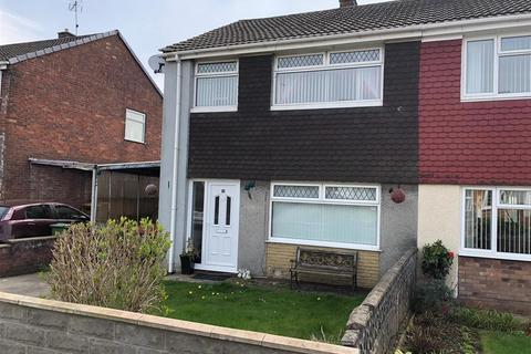 3 bedroom semi-detached house to rent - Oakfield Crescent, Tonteg, Pontypridd