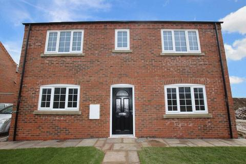 3 bedroom detached house for sale - PENROSE PLACE, LOUTH