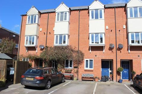 3 bedroom townhouse to rent - Jubilee Court, Northgate, Oakham, LE15