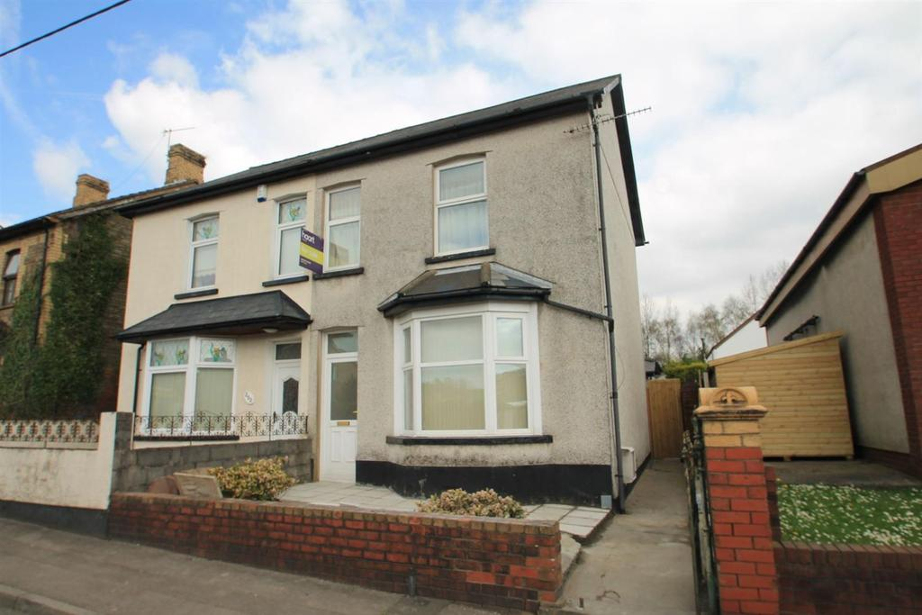 2 Bedrooms Semi Detached House for sale in Tregwilym Road, Rogerstone