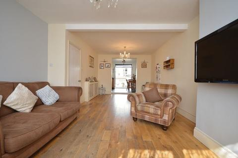 3 bedroom semi-detached house for sale - Cadogan Road, Bristol