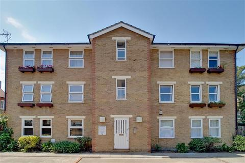 2 bedroom flat for sale - Elmtree Court, Camberwell, London, SE5 9NH
