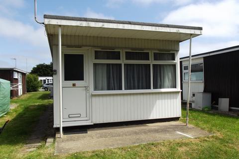 1 bedroom chalet for sale - Prairie Lane, Sutton on Sea, Lincs., LN12