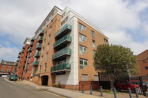 3 bedroom apartment to rent - Royal Plaza, 1 Eldon Street, City Centre