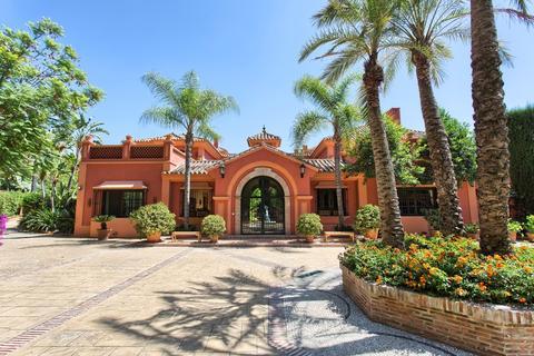 7 bedroom detached house  - La Zagaleta, Andalucia, Spain
