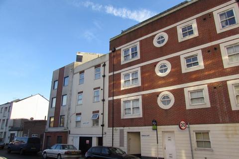 3 bedroom flat to rent - Granada Road, Southsea, PO4
