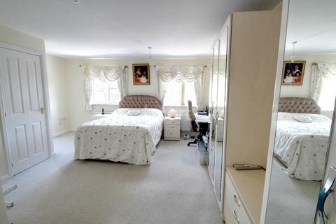4 bedroom semi-detached house for sale - Columbine Road, Hamilton LE5 1UR
