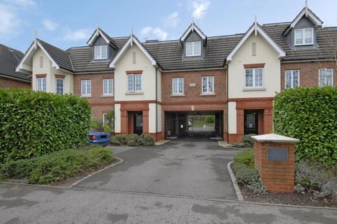 2 bedroom apartment to rent - Eastcote Place,  North Ascot,  SL5