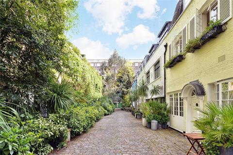 3 bedroom mews to rent - Albion Mews, Hyde Park, W2