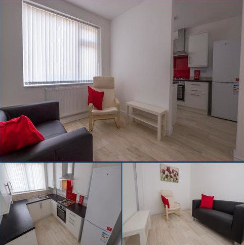 3 bedroom flat to rent - Fairfield Court, 78 Daisy Bank Road, Victoria Park, Manchester M14 5GL