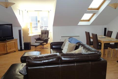 3 bedroom flat to rent - Jervaulx House, Lawrence Street