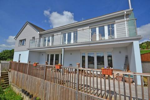 4 bedroom detached house for sale - Tresillian, Nr. Truro, South Cornwall