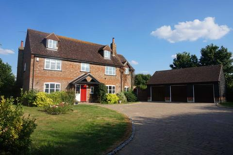 6 bedroom detached house to rent - Mill Road, Slapton