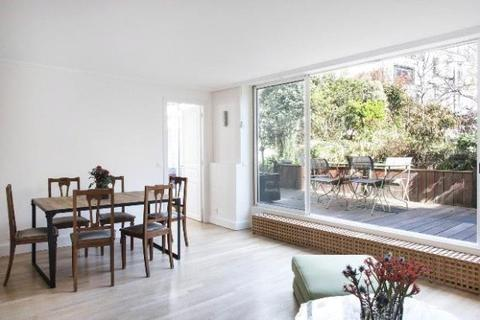 3 bedroom apartment  - Apartment In 6th District, Paris
