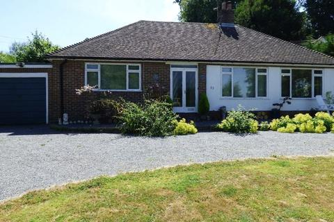 3 bedroom bungalow for sale - Western Road, Newick