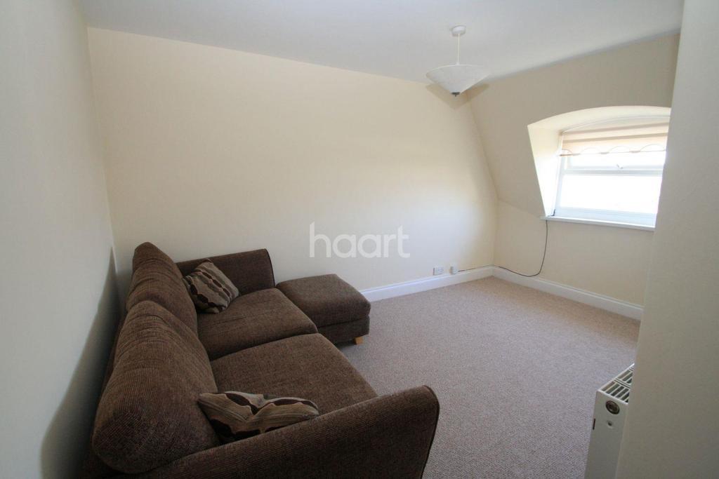 1 Bedroom Flat for sale in St Marychurch Road, Torquay, Devon