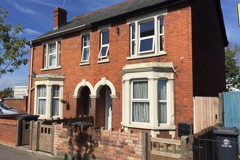 5 bedroom semi-detached house to rent - Bristol Road, Gloucester