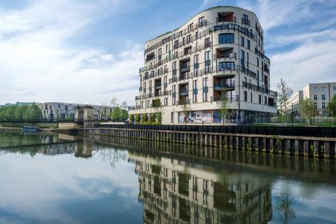 2 bedroom flat for sale - 4403 Royal View, Bath Riverside, Victoria Bridge Road, Bath, BA2