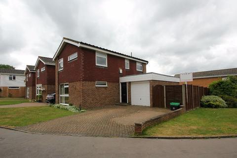 3 bedroom detached house to rent - Broadheath Drive, Chislehurst