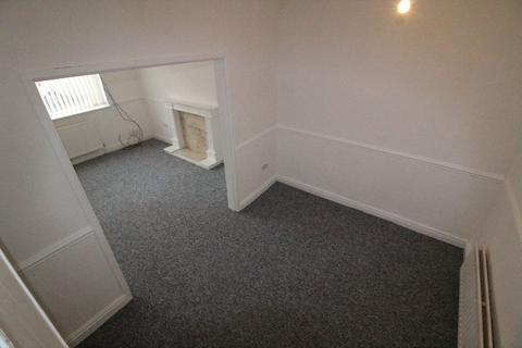 2 bedroom terraced house for sale - Sedley Street, L6