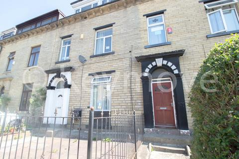 1 bedroom house share to rent - Grove Terrace, Bradford, BD7
