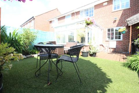 3 bedroom end of terrace house for sale - Windsor Road, Hull