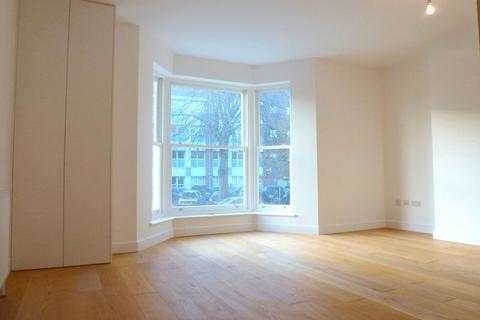 1 bedroom apartment to rent - Fassett Road, Kingston Upon Thames, KT1