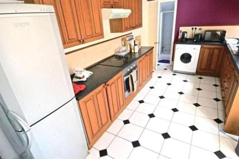 4 bedroom terraced house to rent - Gresham Street, Coventry, West Midlands