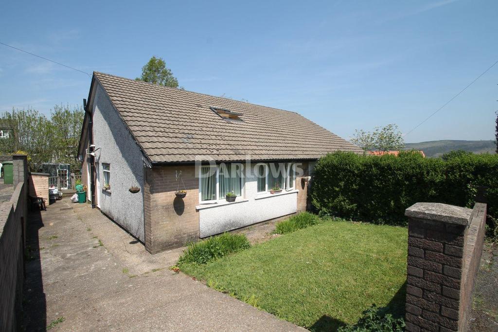 2 Bedrooms Bungalow for sale in Elmgrove Close, Cefn Farm Estate
