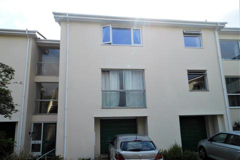 2 bedroom flat to rent - Elm Court Gardens, Truro TR1