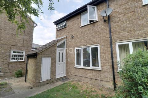 3 bedroom terraced house to rent - The Paddocks, Cambridge