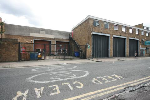 Industrial development to rent - Hemming Street, Bethnal Green, London, E1