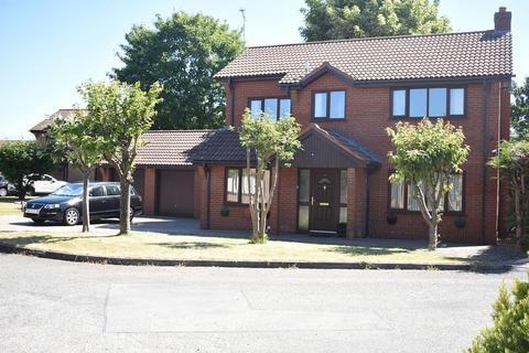 4 bedroom detached house for sale - Grange Court, Rhyl