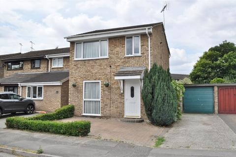 3 bedroom end of terrace house for sale - Petunia Crescent, Springfield, Chelmsford, Essex