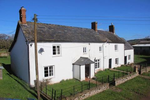 5 bedroom farm house for sale - Llangybi, Usk