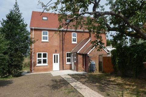 4 bedroom semi-detached house to rent - Lees Road YALDING