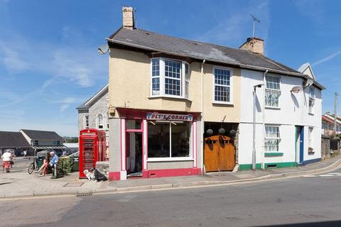 4 bedroom end of terrace house for sale - Old Exeter Street, Chudleigh