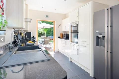 1 bedroom house share to rent - Milton Road