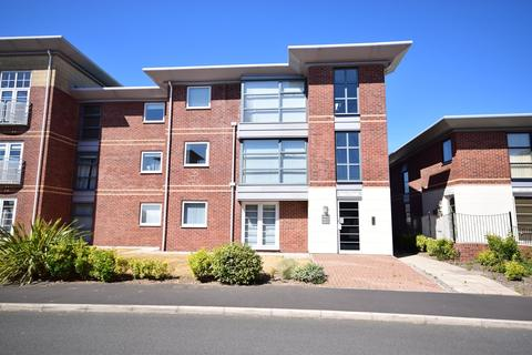 2 bedroom apartment for sale - King Edward Avenue, Lytham St Annes, FY8