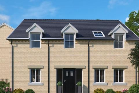 3 bedroom apartment for sale - Oundle Road, Peterborough